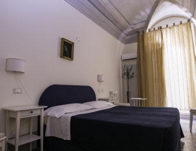 Camera del Pozzo - Letto matrimoniale