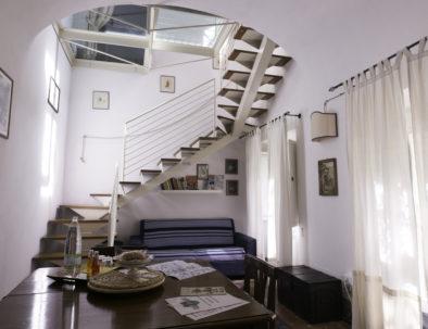 Appartamento dei Leoni - Soggiorno e scala